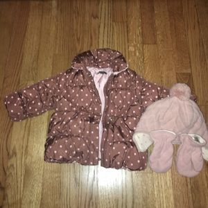 Gap puffer coat with matching hat and mittens